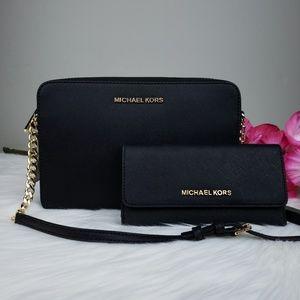 🌺Michael Kors crossbody bag and wallet set black